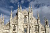 Facade of Cathedral Duomo, Milan — Stockfoto