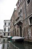 Alley in Venice, Italy — Stock Photo