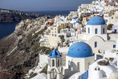 Blue and white church of Oia village, Santorini — Stock Photo