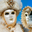 VENICE - MARCH 05: Participant in The Carnival of Venice, an ann — Stock Photo