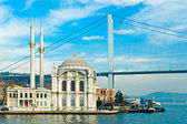 Ortakoy mosque and Bosphorus bridge, Istanbul, Turkey. — Stock Photo