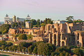 View of Circus maximus and Vittorio emanuele monument at sunset — Stock Photo