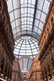 Vittorio emanuele gallery i milano — Stockfoto