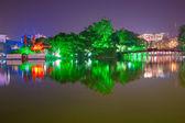 Night shot of Red Bridge in Hoan Kiem Lake, Ha Noi, Vietnam. — Stock Photo