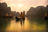 Halong Bay, Vietnam. Unesco World Heritage Site. — 图库照片