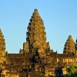 Angkor Wat at sunset, cambodia. — Stock Photo