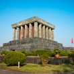 Ho Chi Minh Mausoleum in Hanoi, Vietnam. — Stock Photo #12422043