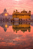 Golden Temple at sunset, Amritsar, Punjab, India. — Stock Photo