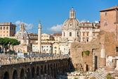 La colonne de trajan, forum, près de piazza venise, rome, italie. — Photo