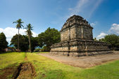 Candi Mendut, near Borobudur Temple, Yogyakarta, Java, Indonesia — Stock Photo