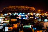 Vista nocturna de jodhpur, la ciudad azul. — Foto de Stock