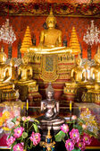 Interior of a Buddhist Temple in Ayuthaya, Thailand, — Stock Photo