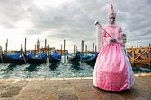Mask with gondola, Venice Carnival. — Stock Photo