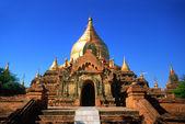 Prachtige tempel in bagan, myanmar. — Stockfoto