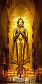 Buddha inside Ananda Temple, Bagan, Myanmar. — Stock Photo
