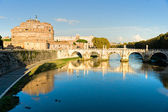 Castel Sant angelo and bridge at sunset, Rome, Italy. — Stock Photo