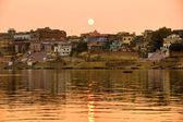 Varanasi (Benares) at sunset, uttar Pradesh, India. — Stockfoto
