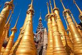 Stupas in Indein, Inle Lake, Myanmar. — Stock Photo