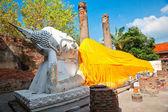 Templo en vieja ruinas de ayuthaya, tailandia, — Foto de Stock