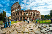ROME -OCTOBER 21: Coliseum exterior on October 21, 2011 in Rome, — 图库照片