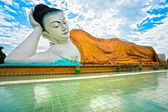Old Giant sleeping Buddha (100 mt.), Bago, myanmar. — Stock Photo