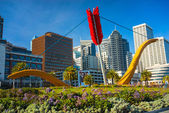 Cupid's Span statue by famous artis — Stock Photo