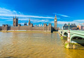 The Big Ben, the House of Parliament and the Westminster Bridge — Fotografia Stock