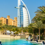 DUBAI, UAE - JANUARY 20: Burj Al Arab hotel on January 20, 2011 — Stock Photo #42663337