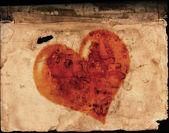 在旧纸上的情人节心 — 图库照片