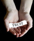 Hands Holding Paper Message Trust — Foto Stock
