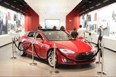 Tesla on display at Dadeland Mall Miami — Stock Photo