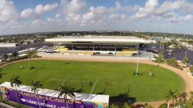 Mardigras rack track and casino — Stock Video
