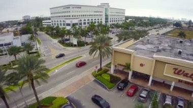 Biscayne Boulevard and NE 25th Street — Stock Video