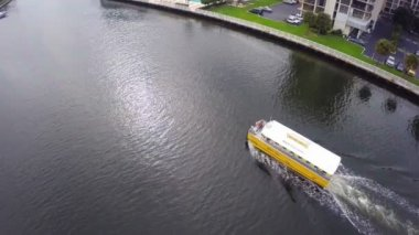 Aerial footage of the Water Taxi — Stok video