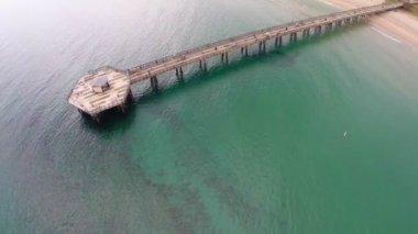 Pompano Beach fishing pier — Stock Video