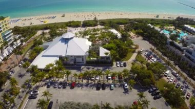 Aerial video of Nikki Beach lounge and club — Stock Video