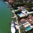 Luxury Estate homes at Pinetree Drive Miami Beach - Aerial video — Stock Video #42165039