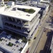 Lincoln Road parking garage aerial video — Stock Video
