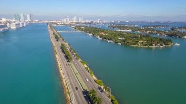 Macarthur Bridge Miami Beach aerial video — Vídeo Stock