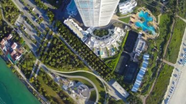 Continuum Miami Beach aerial video — Stock Video