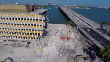 Aerial video of the Miami Herald Building destruction — Stock Video