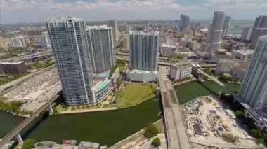 Highrise condos at Downtown Miami — Stock Video