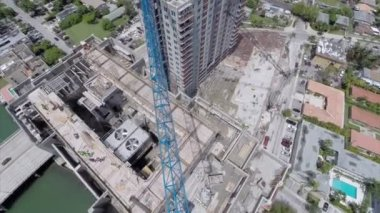 Aerial building construction flyover — Stock Video