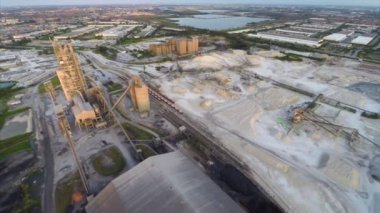 Aerial video Quarry industrial dig site — Stock Video