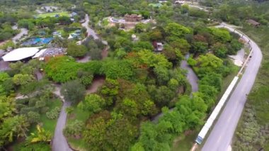 Aerial video Zoo Miami metro — Stock Video