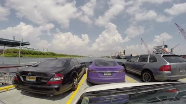Video footage of the Fisher Island Ferry in Miami Beach — Stock Video