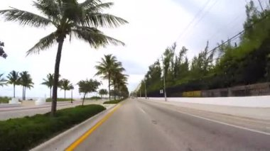 Driving through Fort Lauderdale Beach A1A — Stock Video