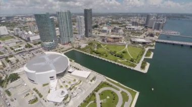 Downtown Miami and American Airlines Arena — Stock Video