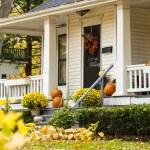 Autumn House — Stock Photo