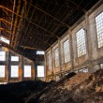 Abandoned warehouse interior — Stock Photo